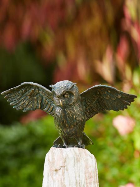 Bronzefigur Uhu, Flügel offen(Art.Nr. 88879)