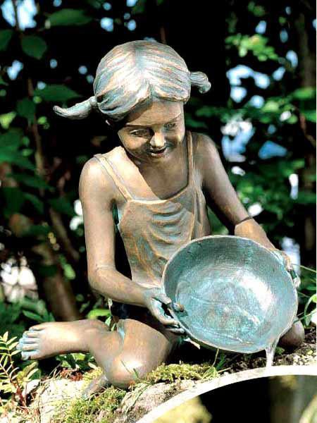 Bronzefigur Sara (Art.Nr. 88423)